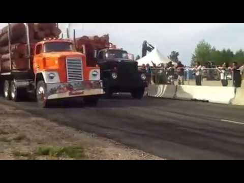antique Log Trucks drag race Dodge Detroit Diesel power Quebec Big Rigs 2-stroke engines
