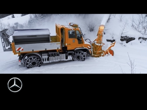 The Unimog - an indispensable helper – Mercedes-Benz original