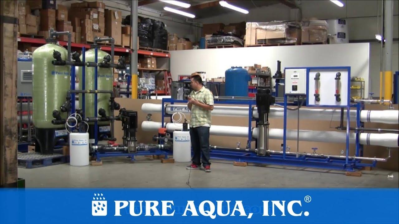 Un equipo de smosis inversa industrial de agua salobre for Equipo de osmosis
