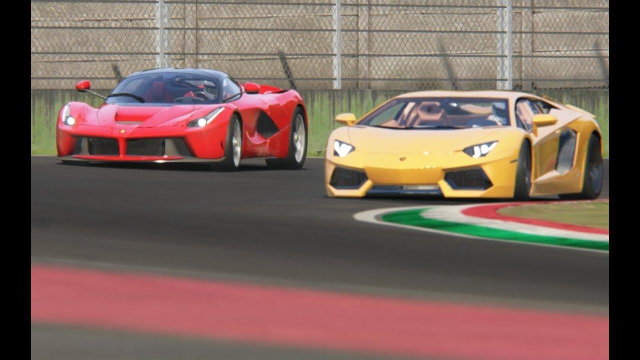 Battle Ferrari LaFerrari vs Lamborghini Aventador LP700-4 at Imola