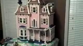 Beacon Hill Doll House