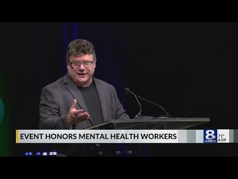 Sean Astin gives keynote address at Hope Recovery Luncheon in Rochester
