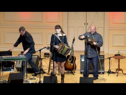 Yvette Landry Trio: Cajun Music & Louisiana Honky-Tonk