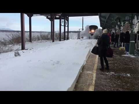 Thumbnail: First Amtrak train into Rhinecliff SLAMS passengers with snow