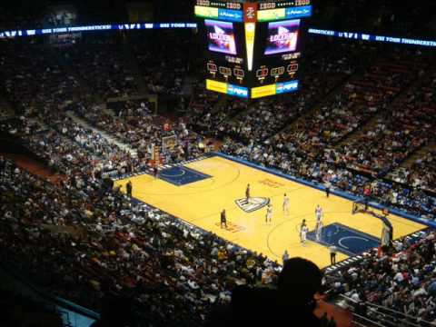 A Sports Scribe (& Family) - Tour of the Izod Center - YouTube