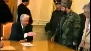 Чеченец и Ельцин