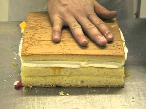 spons taart taart maken deel 1   YouTube spons taart