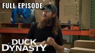 Duck Dynasty: Inlawful Entry (#95) - Full Episode (S9, E1) | Duck Dynasty