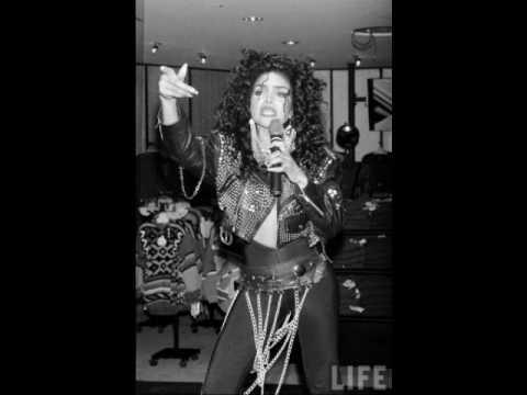 La Toya Jackson: Shake Your Body (Down To The Ground) (Studio Version)