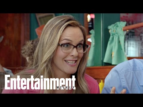 Alicia Silverstone Talks Parenting & 'Diary Of A Wimpy Kid' | Mamarazzi | Entertainment Weekly