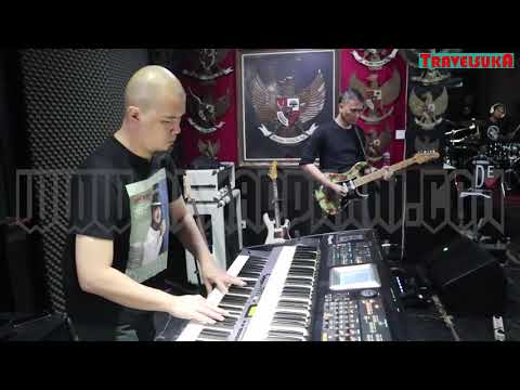 Persembahan Dari Surga - Dewa19 feat Ari Lasso