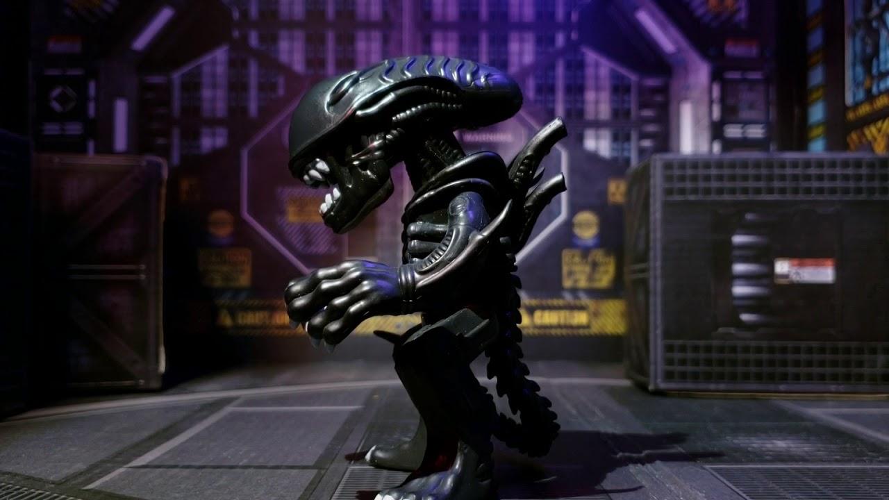 Vinimates Aliens Movie Ellen Ripley Vinyl Figure