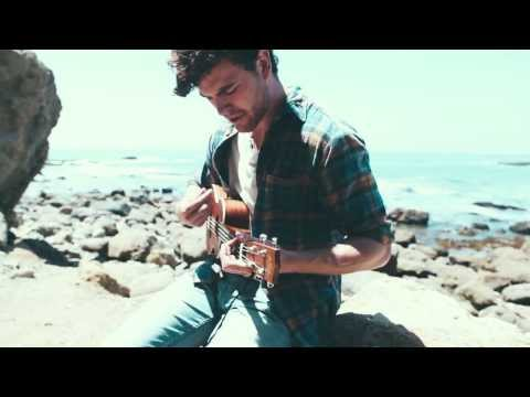 Vance Joy - 'Snaggletooth' [Acoustic]