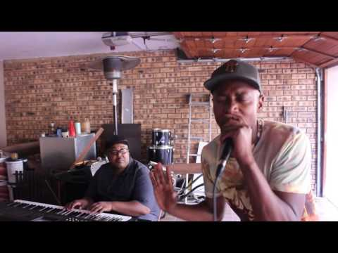 Malik & Lolo Vandal - Mthulise (Live session)