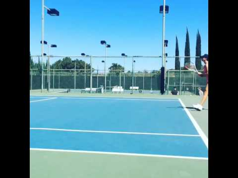 Kaley Cuoco plays tennis with her husband Ryan Sweeting
