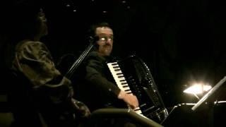 STARRY NIGHT~ Stella Notte by Nick Ariondo / violin & accordion (Arcosanti || Fellini style)
