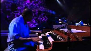 Eric Clapton - Wonderful Tonight [Live].avi