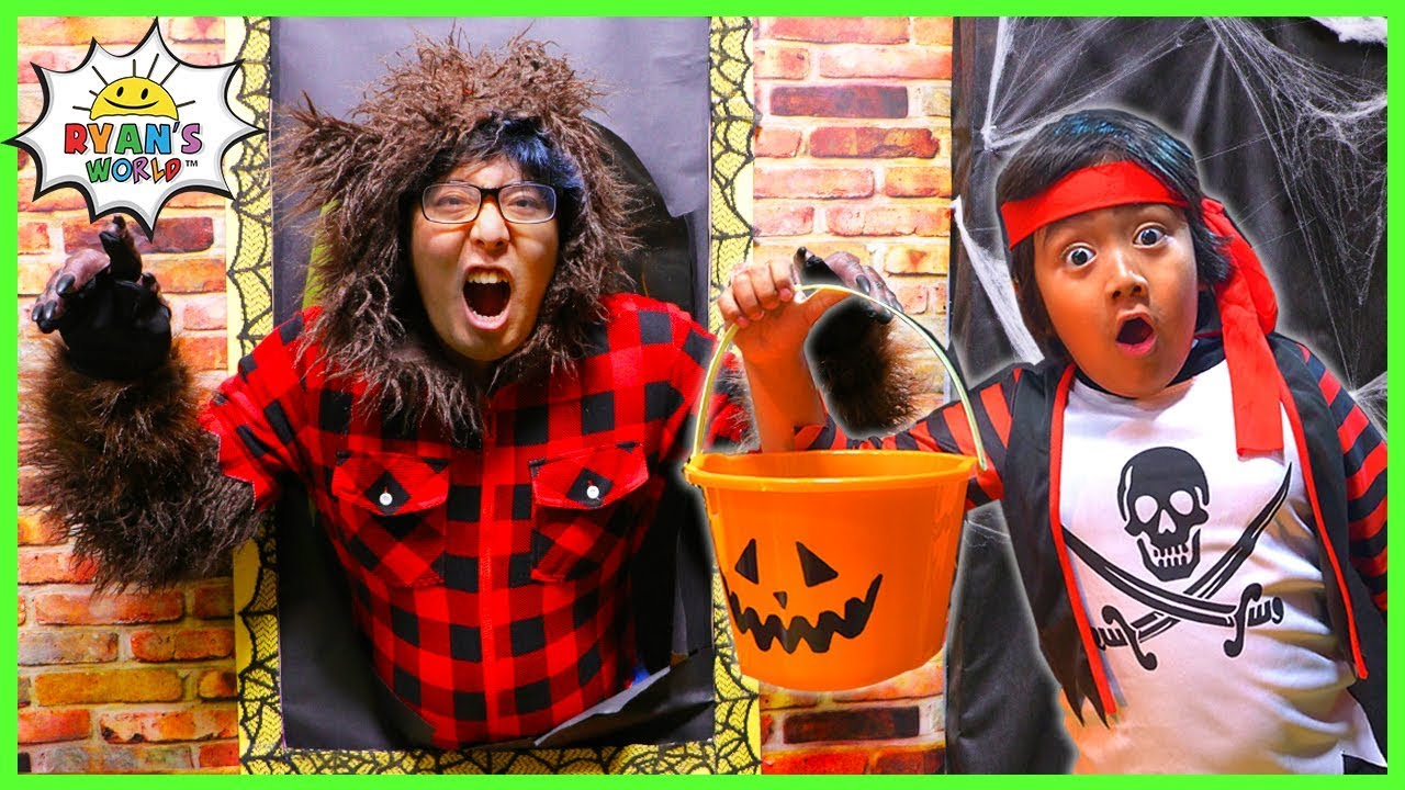 Halloween song for kids - Something Spooky Trick or Treat  Nursery Rhyme!