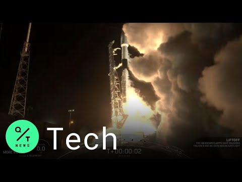 SpaceX Launches Falcon 9 Rocket with Internet Satellites to Low-Earth Orbit