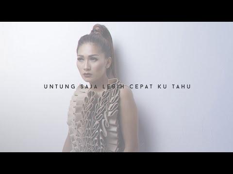 Tata Janeeta - Penipu Hati [Official Video Lirik]