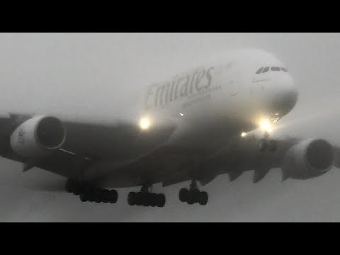 EXTREME WET WEATHER | Heavy Aircraft Landing & Taking off during Melbourne's SUPER STORMS