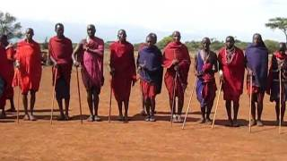 Masai Welcome dance@Amboseli ケニア、アンボセリでのマサイ村訪問。 2...