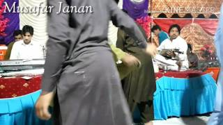 Pashto Mast Maidani Song Za De Rogh Lewanai Krama(azghar iqbal maidani programe)