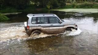 Mitsubishi Pajero Pinin по болоту и бездорожью