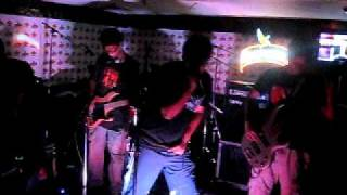 Middle Finger Theory Live at Kingfisher Rash Rockrum Pub Fest - Engine No.9 (Cover)