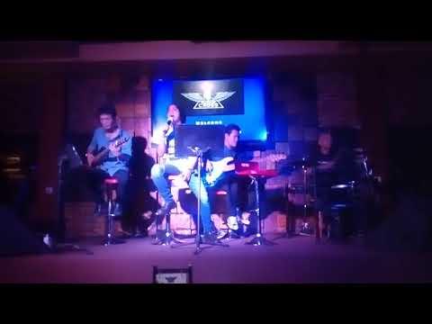 D'Martyns band Jakarta (acoustic cover the police de do do do da da da)
