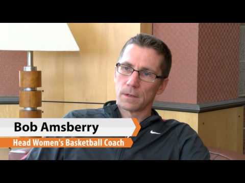 women's-basketball-weekly-update-with-coach-amsberry