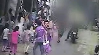 Delhi: CCTV footage captures brutal murder in busy market