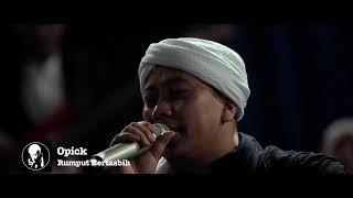 Opick - Rumput Bertasbih  Live Acoustic