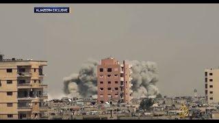 سبعة قتلى بقصف لطائرات النظام حي الوعر بالنابالم