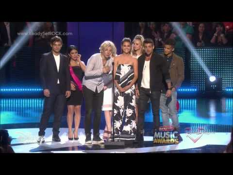 2015 Radio Disney Music Awards - Teen Beach 2 Cast [HD]