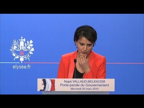 Remaniement: le silence embarrassé de Najat Vallaud-Belkacem - 26/03