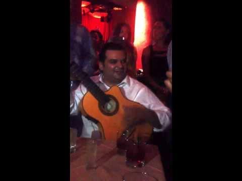 Mario Reyes Vibrato