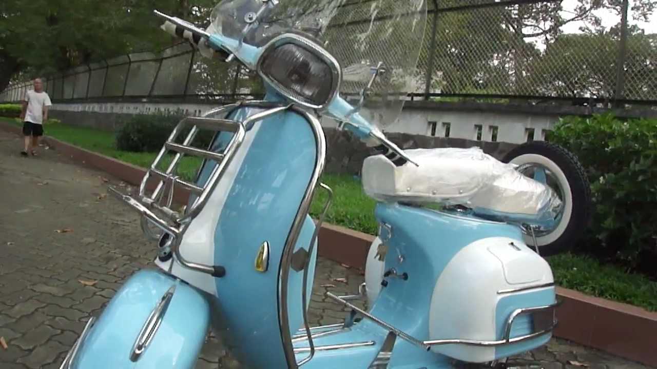 Classic Vespa Vlb 150cc In Light Blue White Id Sv 0118