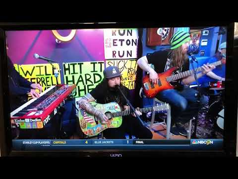 """Twiddle Covering Sublime's """"Smoked 2 Joints"""" On The Dan Patrick Show"""