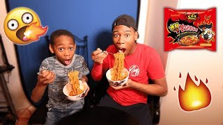2X SPICY NOODLE CHALLENGE WITH LITTLE BROTHER! (I CRIED)