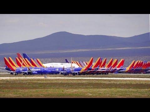 Aeroporti chiusi per coronavirus: l'incubo di chi non può rientrare a casa