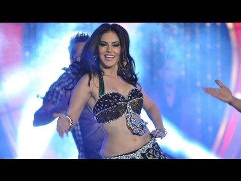 Sunny Leone Talk's On 'Laila Teri Le Legi' Item Song !