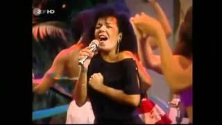 KAOMA- CHORANDO SE FOI-1989.flv