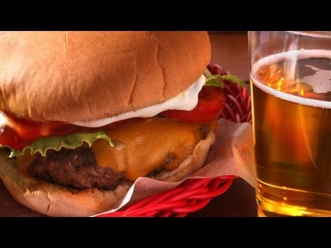 7 Tips & Tricks for Juicy Grilled Burgers