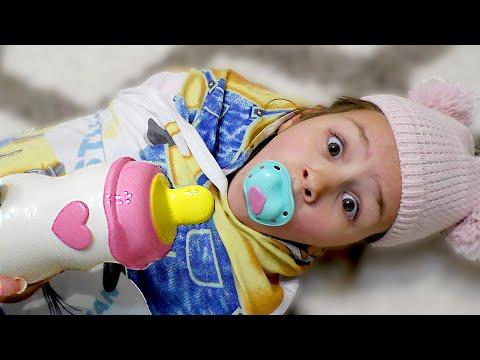 БЕБИ БОН ЯНА! Мама играет с Яной как с куклой Baby Born