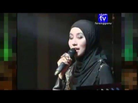 Anis Suraya-Cinta Tersimpul Rapi Live