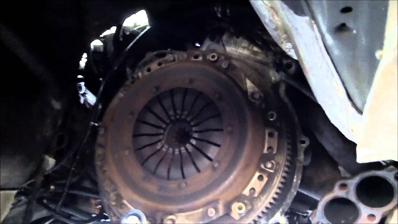 Tips and symptoms when changing throw out bearing on BMW