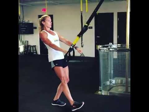 TRX Monday Move | TRX Single Arm Swimmers Pull