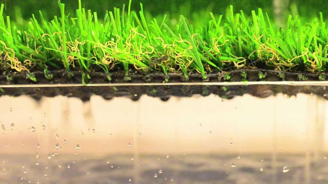 Test drenaggio erba sintetica per giardini pratosempreverde youtube - Erba artificiale per giardini ...