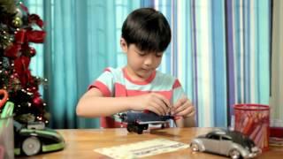 Maligayang Maaga ang Pasko mula kay Jolly Toy Scout Marco
